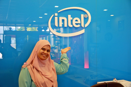 Nurul Izza Binti Md Yazid @ Ayob - Senior Accountant, Intel